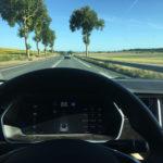 Conduciendo en Carretera Secundaria de Francia. Velocidad máxima 90 km/h.