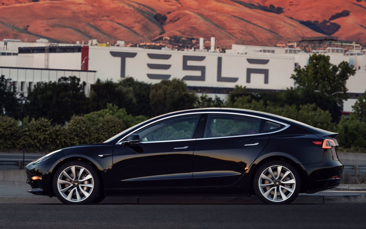 Tesla revela accidentalmente la eficiencia del Model 3